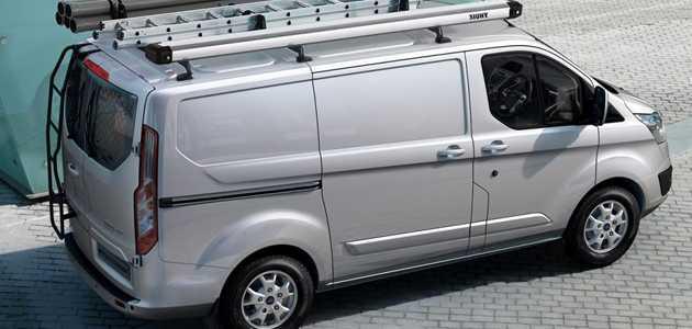 Ford Transit Custom, verimlilik ve yük alanında standartları