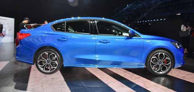 2018 Ford Focus Sedan ST Canlı Görselleri, Özellikleri 2018-04-12 - YeniModelArabalar.com
