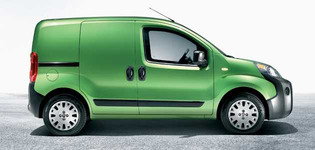 Renault Kangoo - zarif bir kargo minibüsü 15